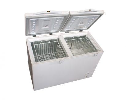 فریزر صندوقی 320 لیتری دو درب ارنست ERF 320 X2 برند ارنست نمای پرسپکتیو درب باز دسته یخچال فریزر لوازم خانگی عکس استفاده شده در سایت فروشگاه اینترنتی لوازم خانگی امیر استیل